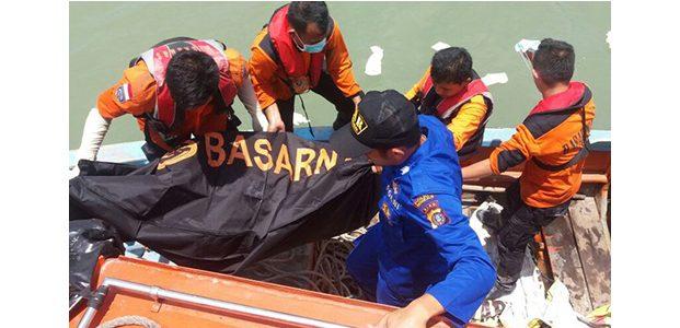 Hingga Malam ini, Jasad 6 Santri Langitan Korban Perahu Tenggelam Ditemukan