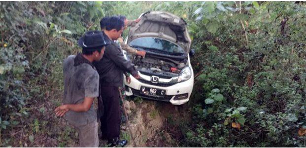 Honda Mobilio Putih Ditemukan di Tengah Hutan Ngambon Bojonegoro