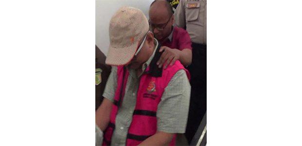 Jadi Tersangka Korupsi, Wakil Ketua DPRD Surabaya Ditahan