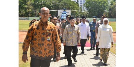 Jelang Masa Tugas Berakhir, Wapres JK Kunjungi Ponorogo dan Surabaya