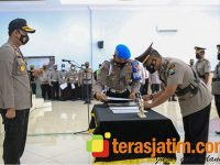 Kapolres Jombang Pimpin Sertijab Sejumlah Kasat dan Kapolsek Jajaran