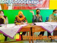 Pasca Demo Wali Murid di Dinas Pendidikan Jombang, Kasek SDN Plosogeneng 2 Gelar Rapat Klarifikasi