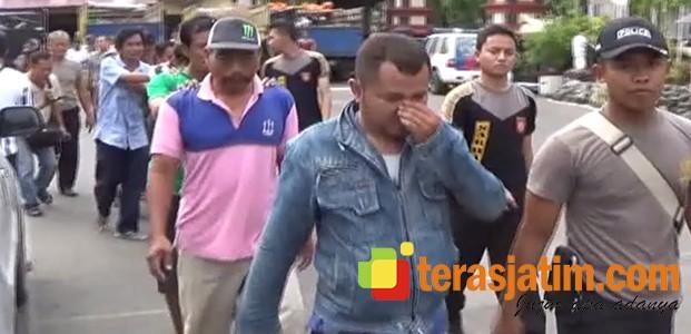 Gerebek Judi Sabung Ayam Skala Besar, Polisi Amankan 5 Truk Barang Bukti