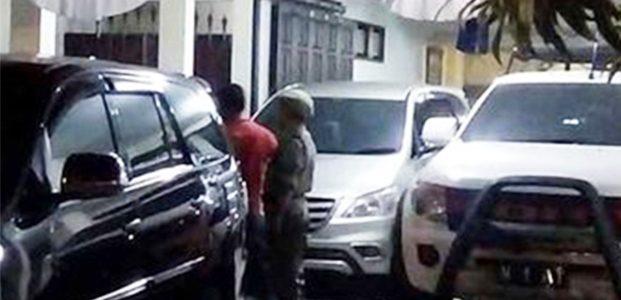 KPK Geledah Rumah Dinas Ketua DPRD Kota Malang Hingga Tengah Malam