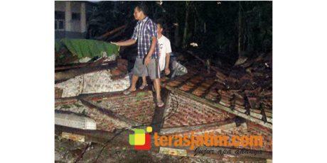 Kali Ini, Angin 'Lesus' Sasar Wilayah Ponggok Blitar