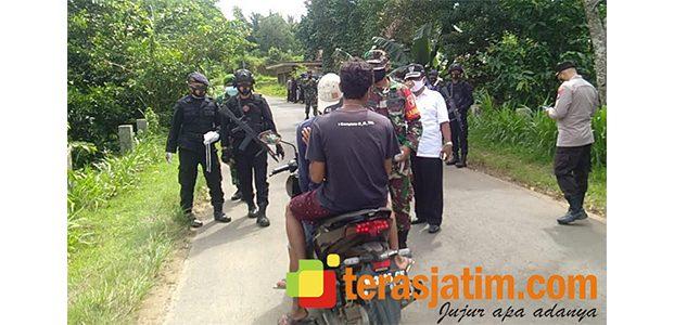 Desa Berbeluk Bangkalan Disekat, Warga Diminta Patuhi Prokes
