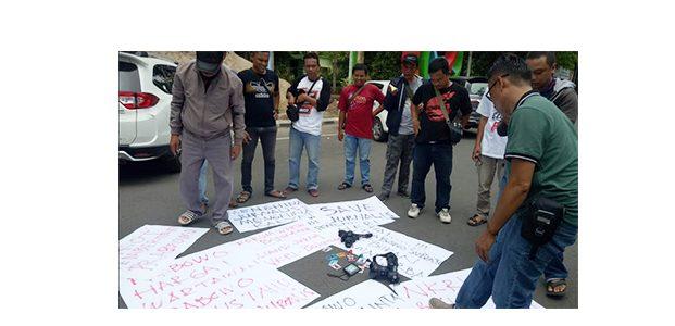 Kecewa Pernyataan Capres Prabowo, Wartawan Bojonegoro Unjuk Rasa