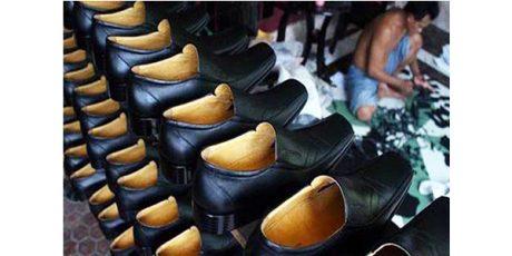 Kejaksaan Negeri Magetan Tahan Tersangka Korupsi Sepatu Dinas PNS