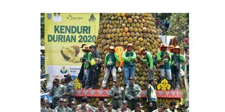 Kenduren 2020 di Wonosalam Jombang, Bagikan 2020 Durian Gratis