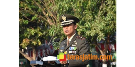 Kolonel Ruly Chandrayadi Pimpin Upacara Hari Kemerdekaan di Lapangan Cikaran, Mojokerto