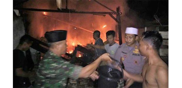 Korsleting, Rumah Penggilingan Padi di Gayam Bojonegoro Ludes Terbakar