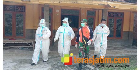 Desa Sidodowo Modo Jadi Klaster Sebaran Covid-19, Satgas Covid-19 Lamongan Bagikan Vitamin Secara Door to Door