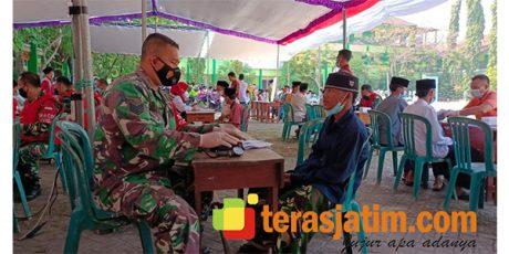 Ribuan Santri Jalani Vaksinasi Covid-19 di Ponpes Siman Lamongan