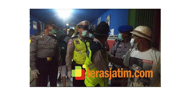 Lagi, Polisi di Sidoarjo Amankan Pemilik dan Pengunjung Warkop Yang Mokong