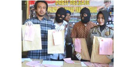 Lakukan Pungli Prona, Oknum Lurah dan Koordinator BKM di Surabaya Terjaring OTT