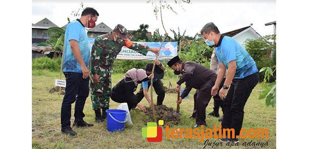 Gerakan Penghijauan Hiasi HPN 2021 di Lamongan