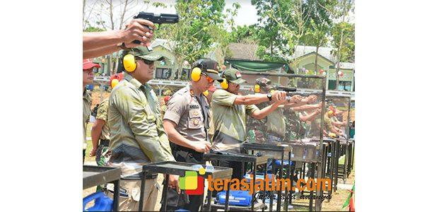 Pangdiv 2/Kostrad, Gelar Lomba Tembak Eksekutif di Singosari