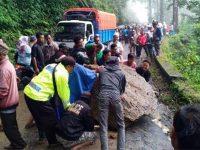 Longsor di Pronojiwo, Akses Jalur Lumajang – Malang Ditutup