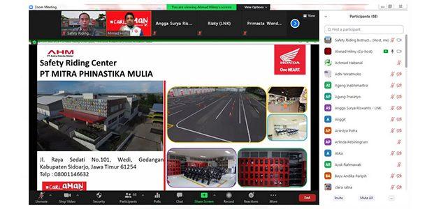 MPM Honda Jatim Gelar Webinar #Cari_Aman Bersama Karyawan PT. Lautan Natural Krimerindo Mojokerto