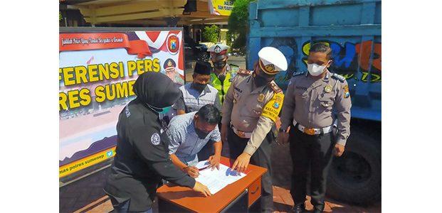 Mengaku Ingin Viral, Sopir 'Truk Oleng' di Sumenep Diamankan Polisi