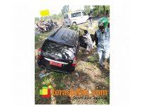 Mobil Dinas Plat Merah Nyungsep ke Sawah di Akses Suramadu