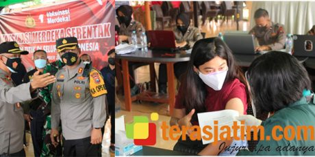 Gandeng FKUB, Polres Magetan Gelar Vaksin Merdeka Serentak di Objek Wisata