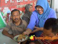 Menabung Sejak 2002, Pasangan Bakul Pecel Asal Blitar ini Bisa Naik Haji