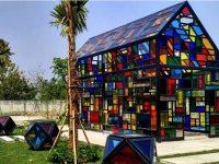Menengok Taman Mozaik, Destinasi Wisata Baru di Surabaya