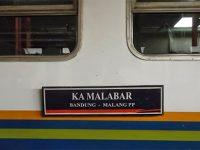 Jalur Pohgajih – Kesamben Longsor, KA Jurusan Malang – Bandung Tertahan