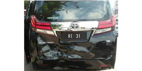 Mobil Menteri Hanif Dhakiri Alami Kecelakaan Karambol di Balongbendo Sidoarjo