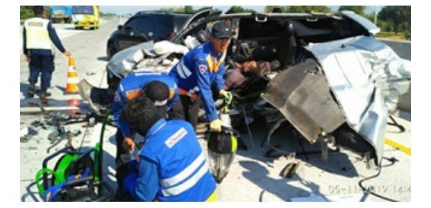 Mobil Rombongan Satreskrim Polres Jember Kecelakaan di Tol Probolinggo, 1 Anggota Meninggal dan Seorang Luka Parah