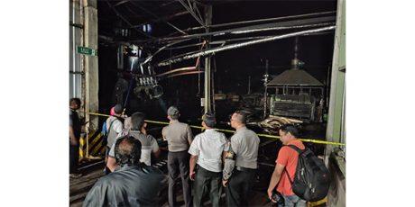Pabrik Triplek di Tempeh Lumajang Terbakar, 14 Orang Terluka