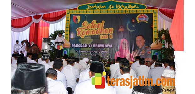 Pangdam Brawijaya Gelar Safari Ramadhan di Panti Asuhan Uswah Benowo Surabaya