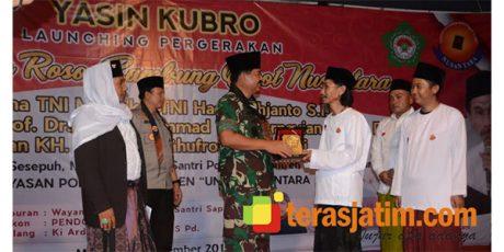 Panglima TNI Kunjungi Ponpes UNIQ Nusantara di Dampit Malang