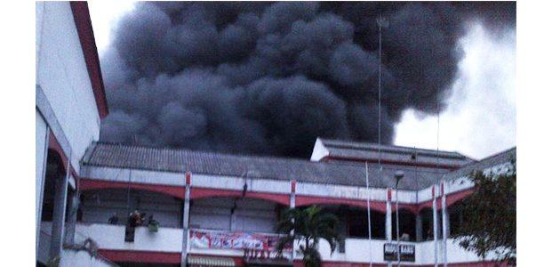 Pasar Legi di Kota Blitar, Ludes Dilalap Api