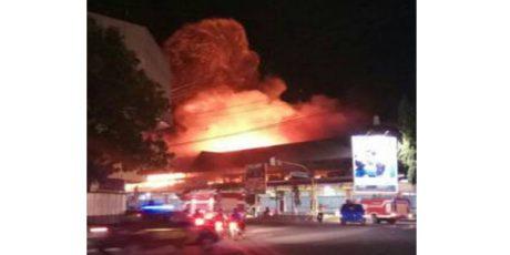 Pasar Songgolangit Ponorogo Dilalap Si Jago Merah, 400 Kios Luluh Lantak