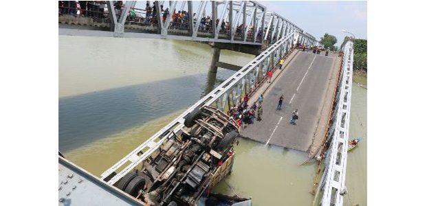 Pasca Ambrol, BBPJN Siapkan Konstruksi Jembatan Darurat di Widang Tuban