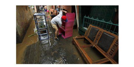 Pasca Banjir di Kabupaten Madiun, Warga Mulai Beraktifitas