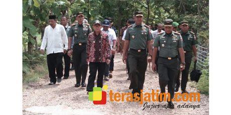 Pasca Gempa, Pangdam Brawijaya Kunjungi Pelaksanaan Baksos di Pulau Sapudi