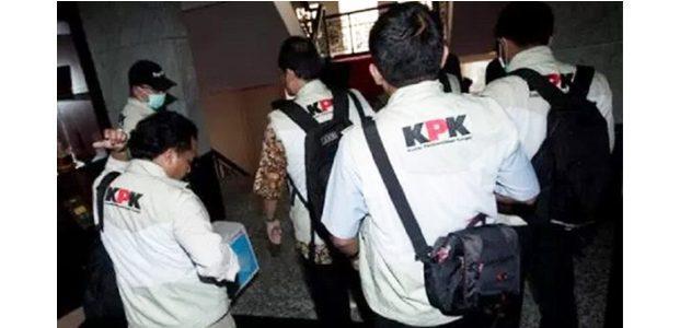 Pasca OTT, KPK Geledah Kantor DPRD dan Dinas PU Pemkot Mojokerto