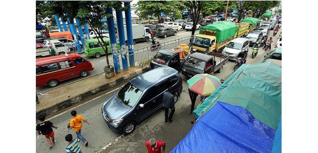 Pemkot Malang Akan Bersihkan PKL dan Parkir Liar