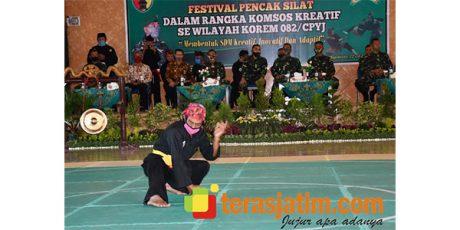 Pesilat Muda di Mojokerto Ikuti Festival Pencak Silat di Makorem 082/CPYJ