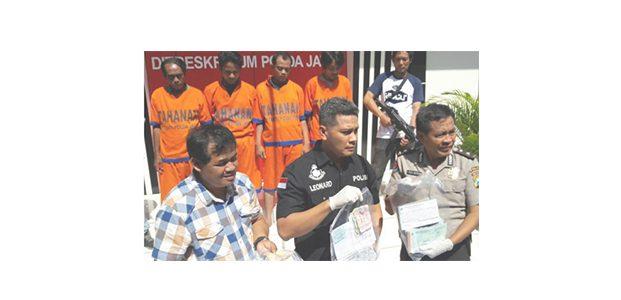 Polda Jatim Gulung Komplotan Pemeras di Terminal Bungurasih