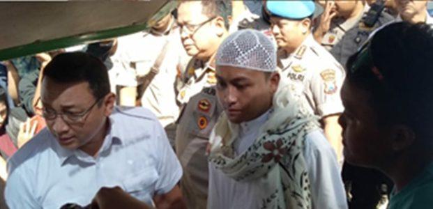 Polda Jatim Sita Sejumlah Bom Molotov dari Rombongan Massa Yang Akan Berangkat ke Jakarta
