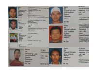 Polda Jatim Ultimatum 21 DPO Pembakar Polsek Tambelangan Sampang