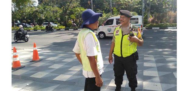 Polisi Gelar Razia Jukir Liar di Mayjen Sungkono Surabaya, 2 Orang Diamankan