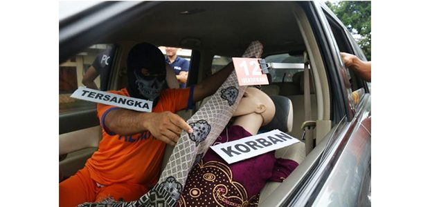 Polisi Gelar Rekonstruksi Kasus Pembunuhan Wanita Bercadar asal Tulungagung
