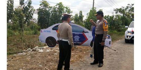 Polres Tuban Pasang Replika Mobil Polisi di Sejumlah Titik Rawan Laka Lantas