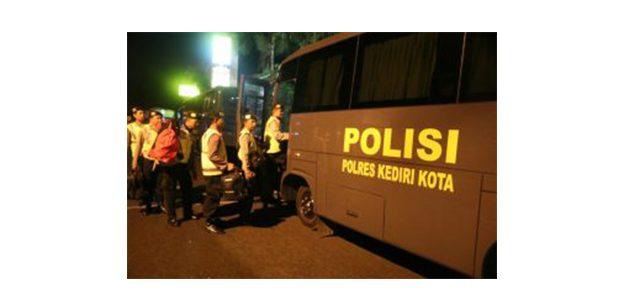Polresta Kediri Kirim 103 Personelnya Untuk Pengamanan Pilkada Ulang di Sampang