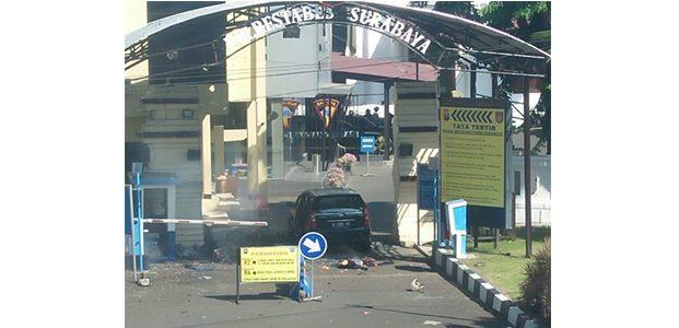 Polrestabes Surabaya Diserang Bom Kendaraan